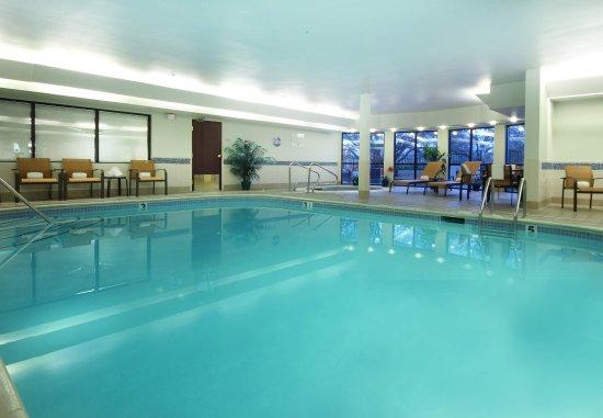 Courtyard Roseville: Indoor Pool