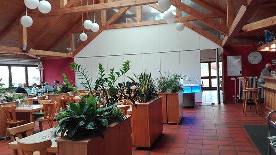 Fuerth, Tyskland: Blick in den freundlichen Gastraum