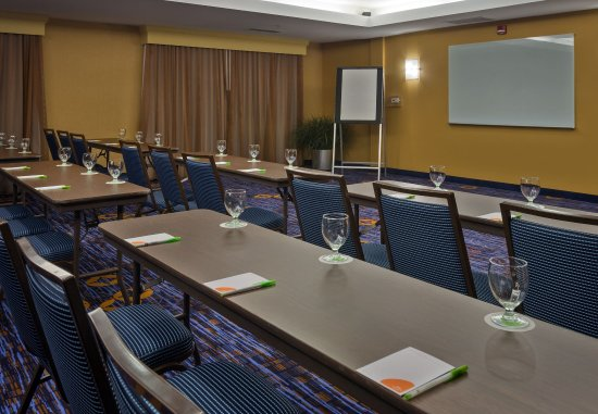 Courtyard Winston-Salem Hanes Mall: Meeting Room