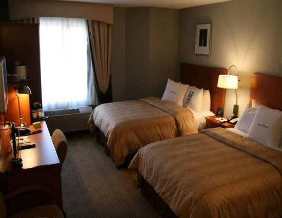 Doubletree Hotel Atlanta/Alpharetta-Windward: Guestroom - Two Double Bed