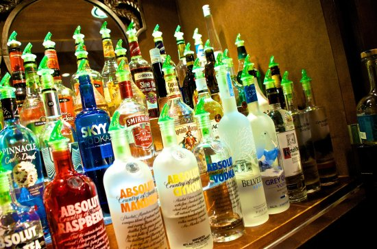 Bay City, MI: Liquor bottles