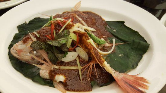 Photo of Chinese Restaurant Long Beach @ DEMPSEY at 25 Dempsey Road, Singapore 249670, Singapore