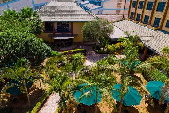 Boma Inn Nairobi: Afya Garden Bar