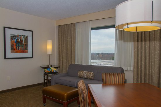 Embassy Suites by Hilton Portland Maine: Suite with Snacks