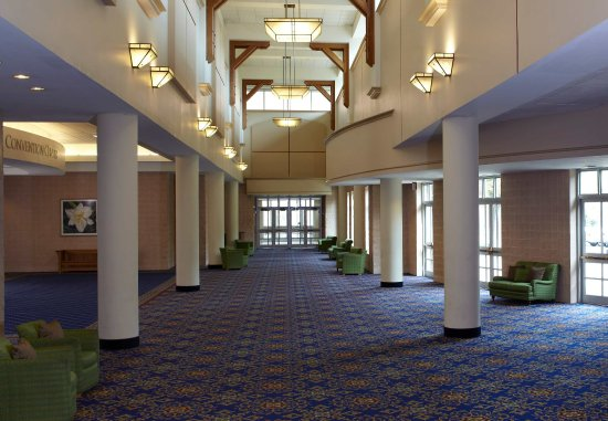 Kingsport, TN: Convention Center Foyer