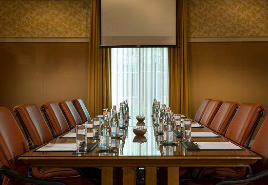 Kingsport, TN: Boardroom
