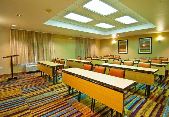 فيرفيلد إن باي ماريوت جاكسون إربورت - بيرل: Meeting Room