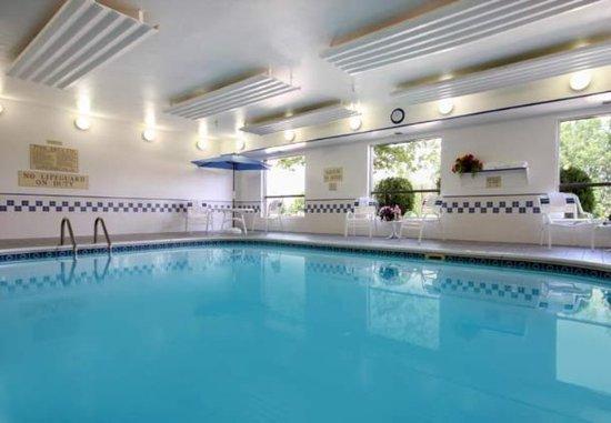 Fairfield Inn Appleton : Indoor Pool