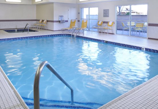 Fairfield Inn & Suites by Marriott Frankenmuth: Relax and refresh in our hotel's Indoor Pool and Whirlpool