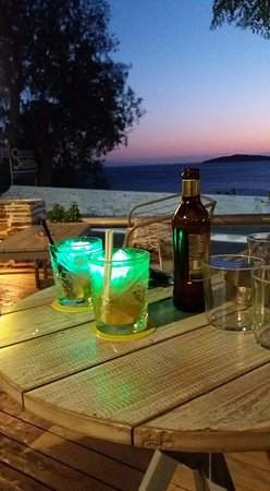 Batsi, Greece: μεγαλη ποικιλια απο μπυρες.....