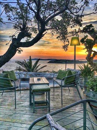 Batsi, Greece: ηλιοβασιλεμα απο τη βεραντα μας!!!!!