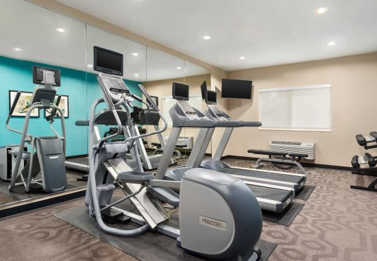 Racine, WI: Fitness Center