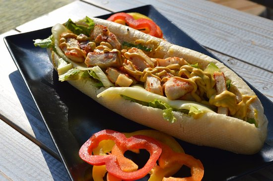 Batsi, Grecia: σαντουιτς..... για καθε ωρα τις ημερας!!!!