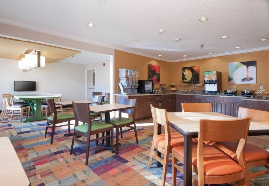 Fairfield Inn Bozeman: Breakfast Area