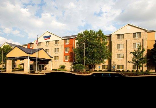 Fairfield Inn & Suites Detroit Livonia : Exterior