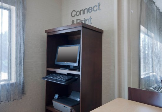 Fairfield Inn Great Falls: Business Center