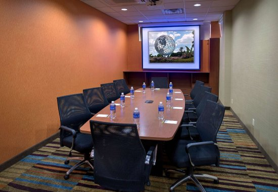 Fairfield Inn New York LaGuardia Airport/Astoria: The Landing Boardroom