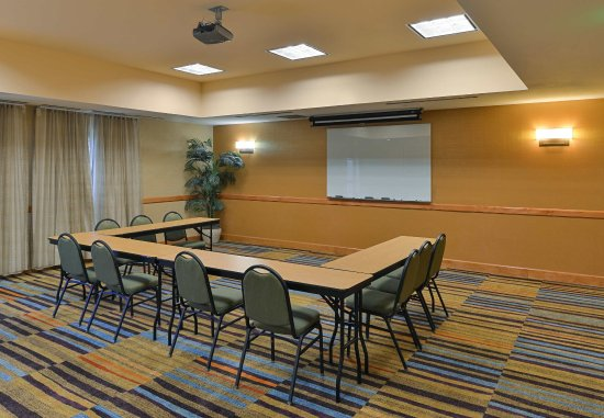 Elk Grove, Kalifornien: Meeting Room - U-Shaped
