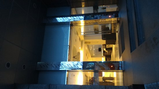 SLV Business Hotel : P_20170323_055717_large.jpg