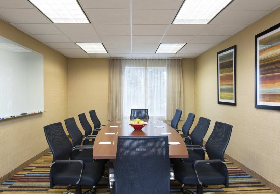 Fairfield Inn & Suites Chicago St. Charles: Meeting Room