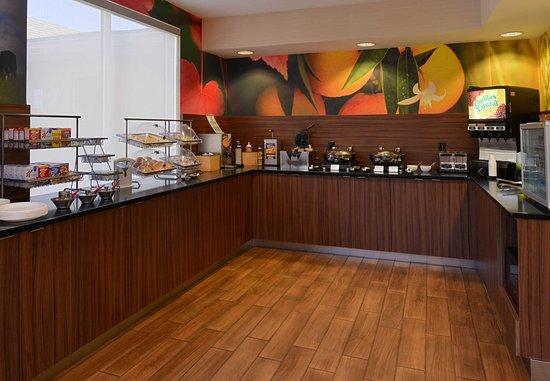 Anderson, SC: Breakfast Buffet