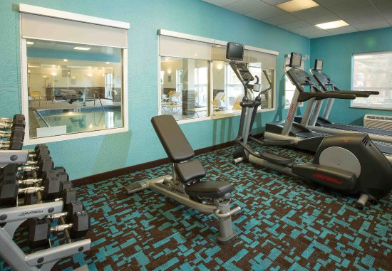 Fairfield Inn & Suites Columbus OSU: Fitness Center - Free Weights