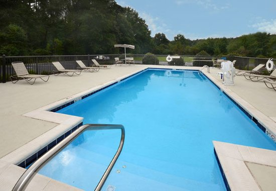 Hopewell, VA: Outdoor Pool