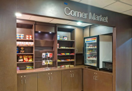 Christiansburg, Βιρτζίνια: The Corner Market