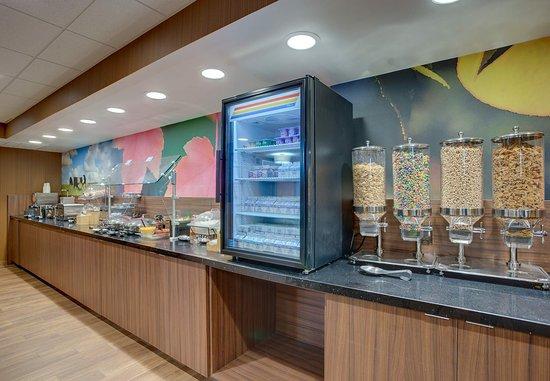 Williston, VT: Breakfast Buffett