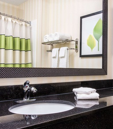 Middletown, OH: Guest Bathroom