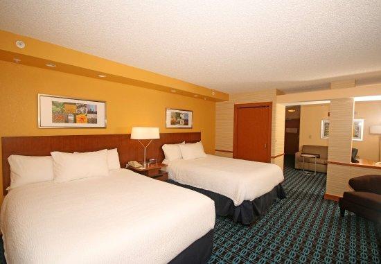 Aiken, Carolina del Sur: Queen/Queen Suite - Sleeping Area