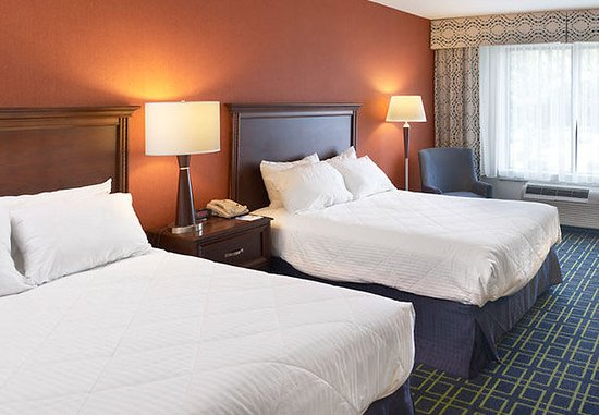 King of Prussia, PA: Double/Double Guest Room