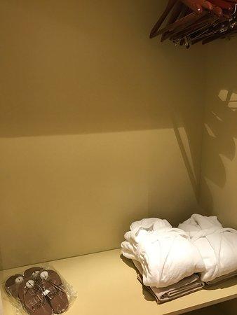Alpen Suite Hotel: photo2.jpg