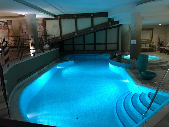 Alpen Suite Hotel: photo4.jpg