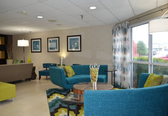 Fairfield Inn & Suites Hickory: Lobby