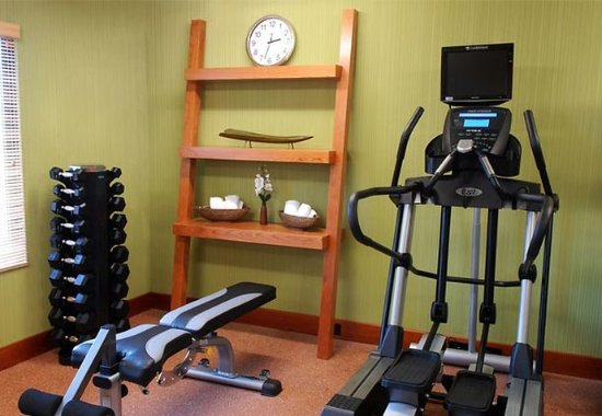 Fairfield Inn Rochester Airport: Fitness Center