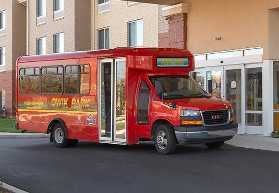 Romulus, MI: Shuttle Bus