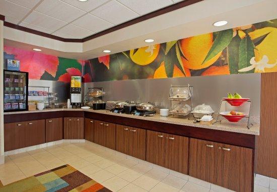 Romulus, MI: Breakfast Buffet