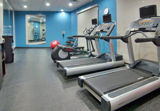 Fairfield Inn & Suites Clarksville: Fitness Center