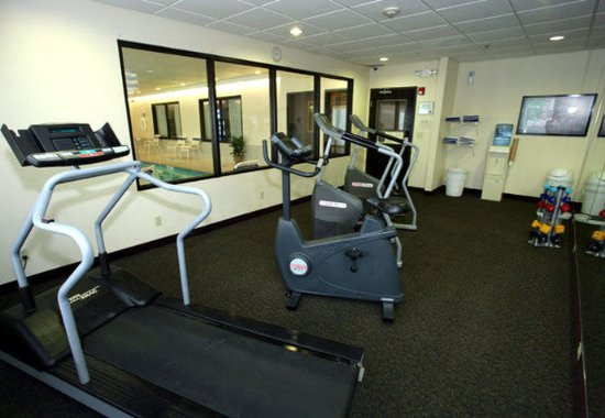 Fairfield Inn & Suites Beloit: Fitness Room