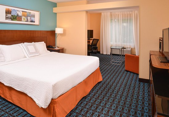 Fairfield Inn & Suites St. Louis St. Charles