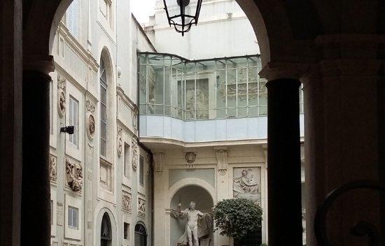 Palazzo Rondinini