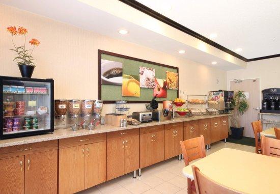 Coon Rapids, MN: Breakfast Area
