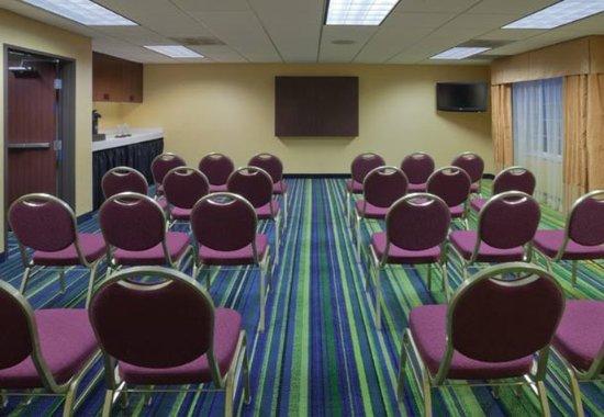 Fairfield Inn & Suites Portland West/Beaverton: Meeting Room