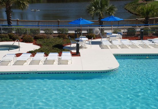 Fairfield Inn Myrtle Beach Broadway at the Beach : Outdoor Pool & Spa