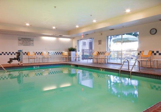 Fairfield Inn & Suites Fort Worth/Fossil Creek: Indoor Pool