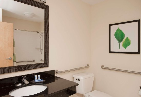 Sulphur, Луизиана: Accessible Guest Bathroom