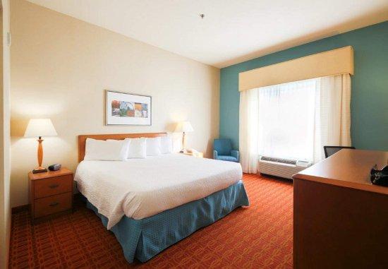 Warner Robins, GA: King Guest Room
