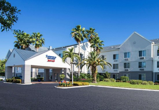 Fairfield Inn & Suites Fort Myers Cape Coral: Exterior