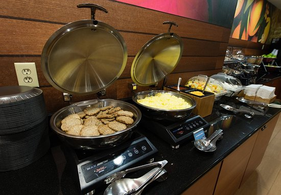 ออเรนจ์บูร์ก, เซาท์แคโรไลนา: Breakfast Buffet   Hot Items